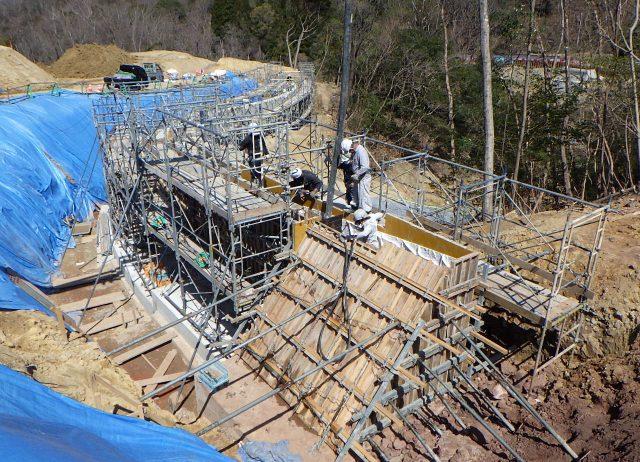 奈良市①造成工事ー擁壁工